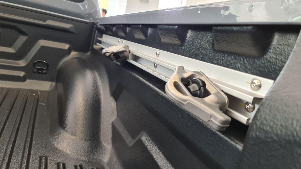Nissan Navara Pro-4X Utili-track channels