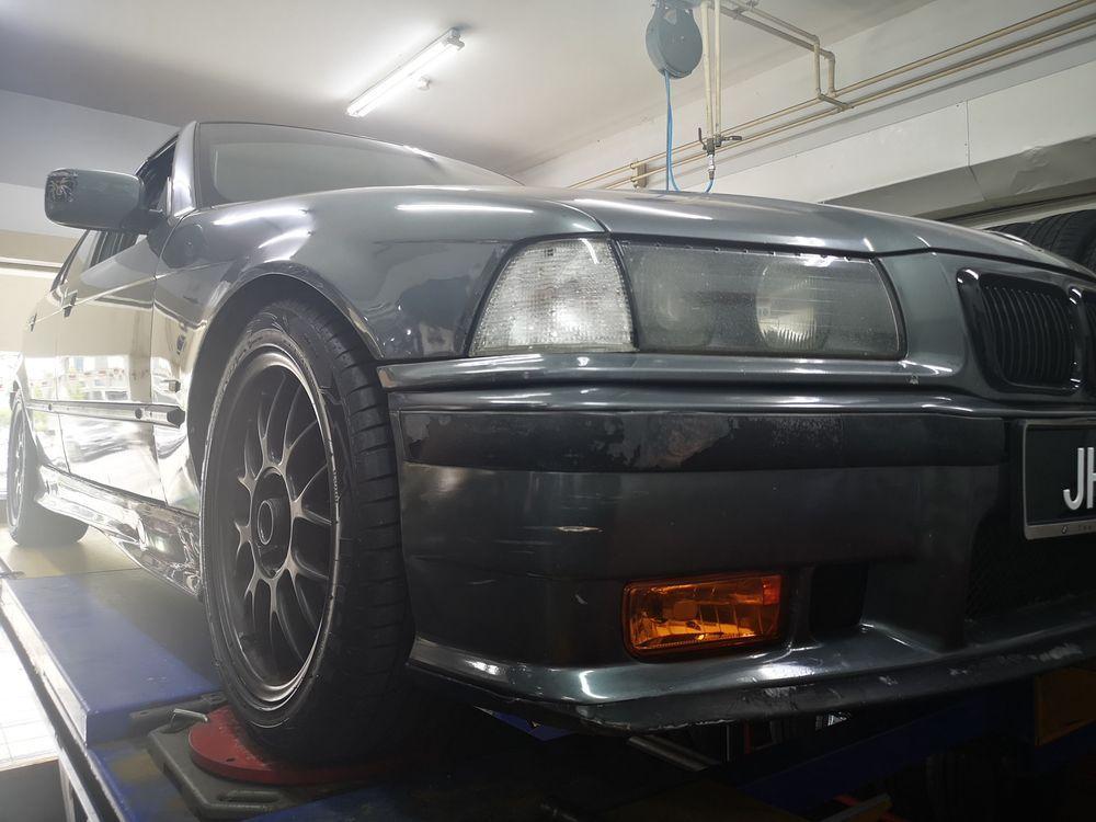 Tyre BMW E36