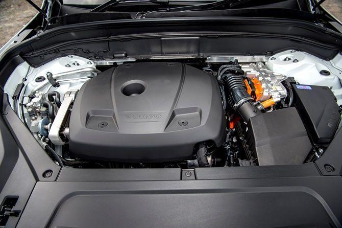 Petrol Prices On The Rise Do Hybrids Make Sense Volvo XC90 T8 Powertrain
