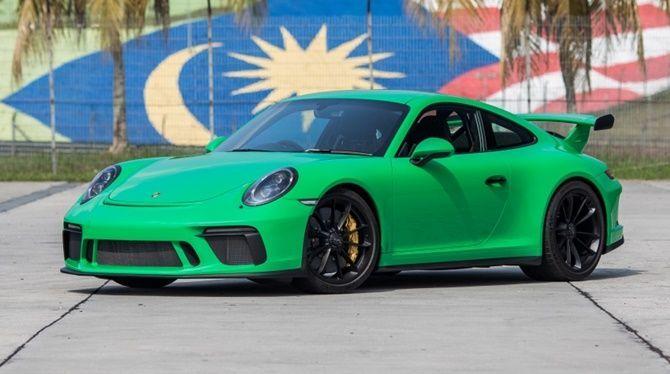 Signal Green - Porsche 991