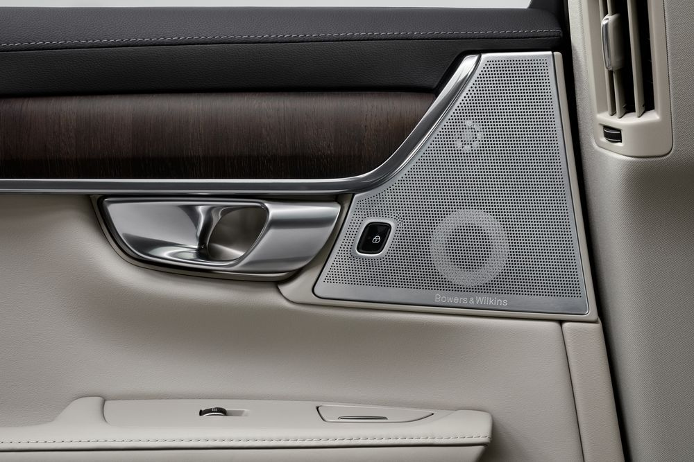 2021 Volvo S90 T8 Recharge Malaysia Bowers & Wilkins