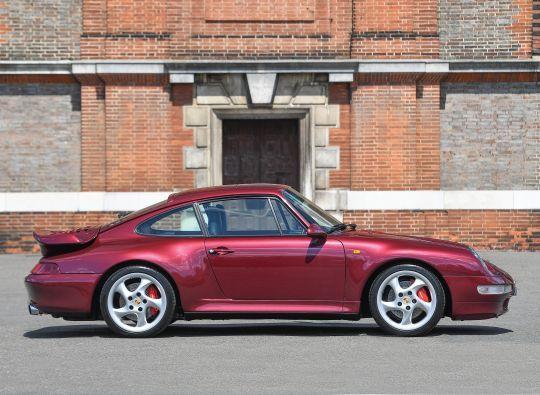 Porsche 911, 993
