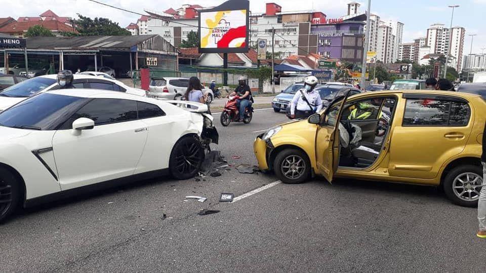 kemalangan ini berlaku di Jalan Genting Klang menuju ke Bulatan Pahang