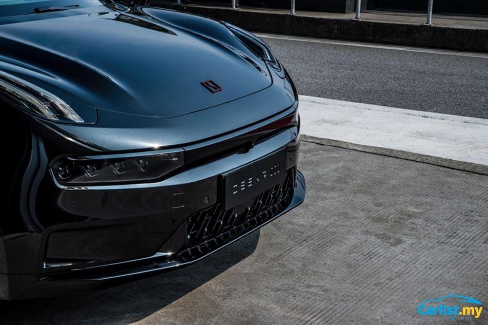 2021 Zeekr EV 001 front