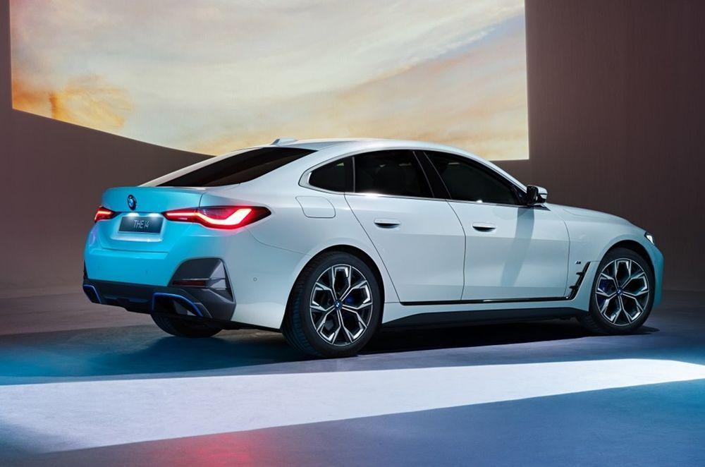BMW Malaysia i4 Side View