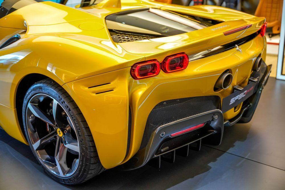 Ferrari SF90 Spider Malaysia Shut off gurney