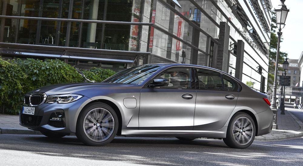 2021 BMW 320e PHEV
