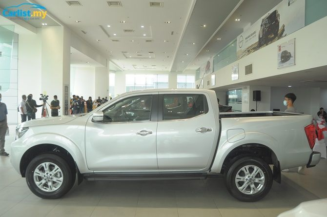 2021 Nissan Navara Launched Six Variants From RM 91900 Side View