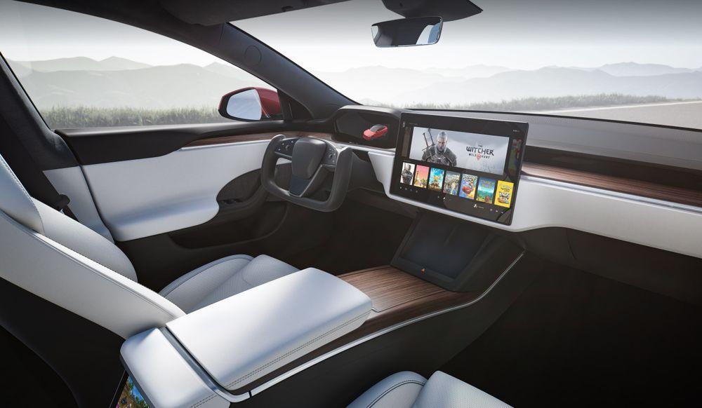 2021 Tesla Model S Plaid+
