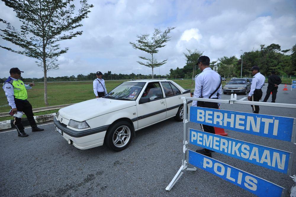 Sekatan jalan raya di kawasan perumahan, Operasi Khas Ubah Suai Ekzos