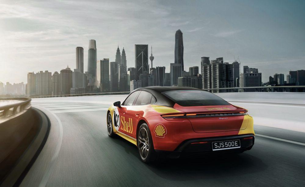 Shell + Porsche Charging Network