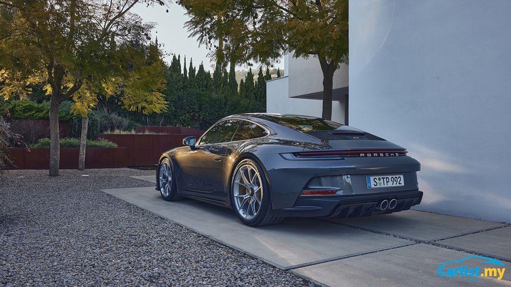 2021 Porsche (992) 911 GT3 Touring rear