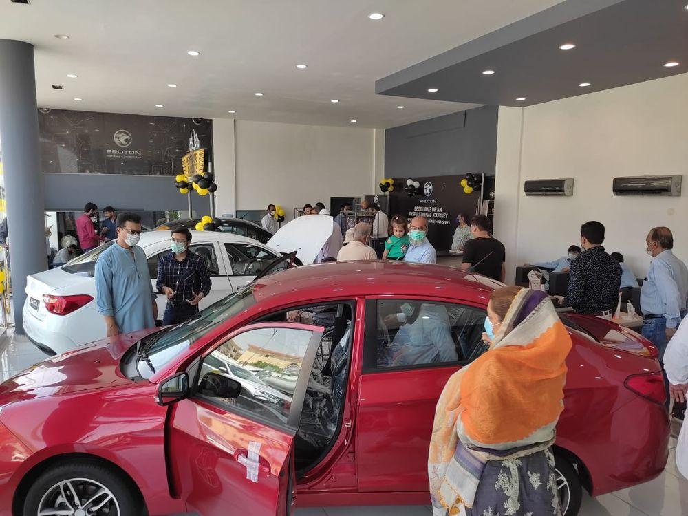bilik pameran proton pakistan,Proton Pakistan,Showroom