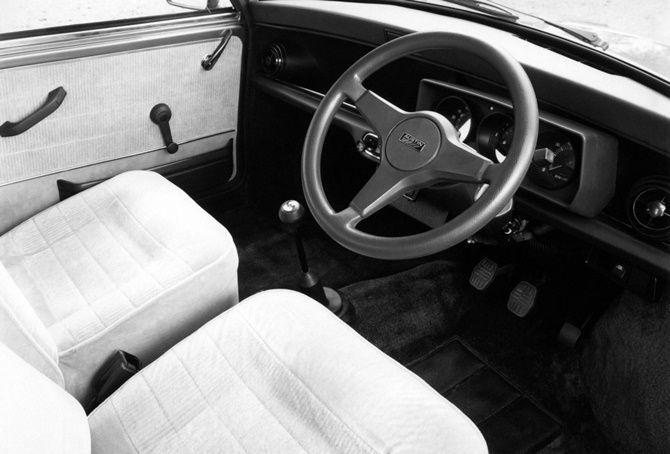 Will MINI Still Be Fun To Drive When They Are All Electric Classic Mini Interior