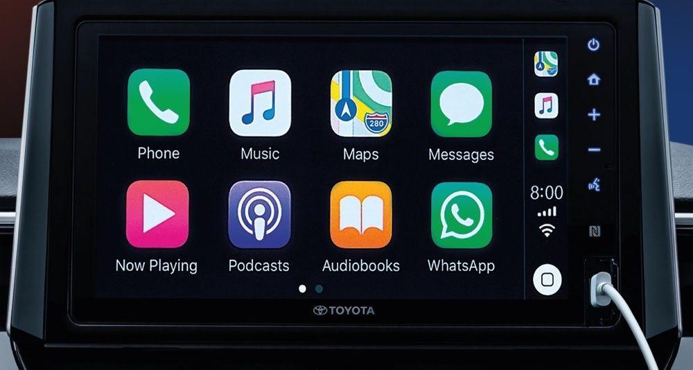 apple carplay,android auto,infotainment,toyota corolla cross 2021