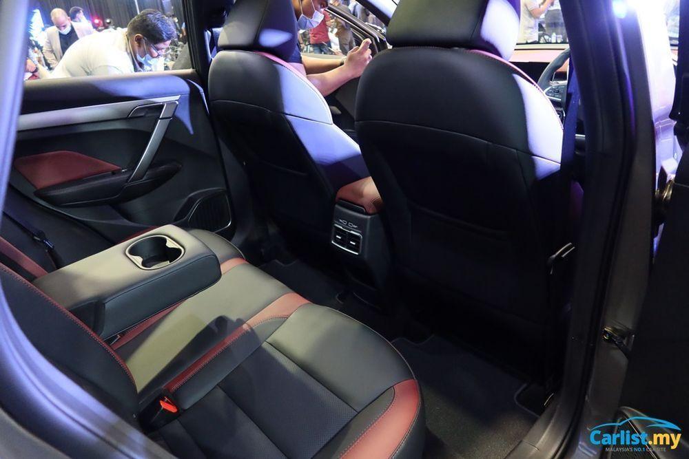 interior design Proton X50, Tempat duduk belakang