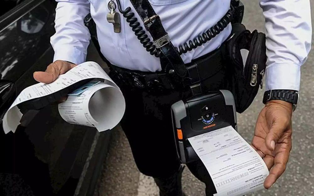 Saman dan penjara,ubah suai ekzos,bunyi bising,polis trafik