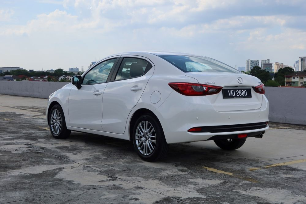 Mazda 2 sedan facelift taillights