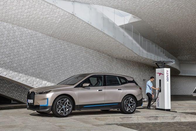 2021 BMW iX Next Charging