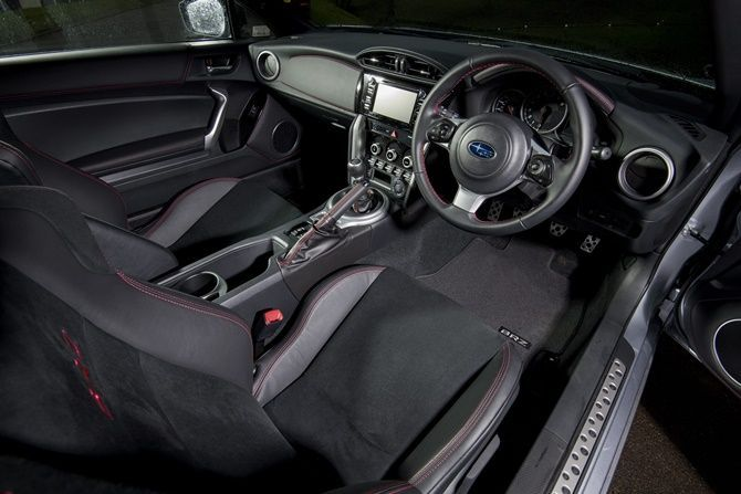 Why We Still Love The Toyota 86 And Subaru BRZ Interior