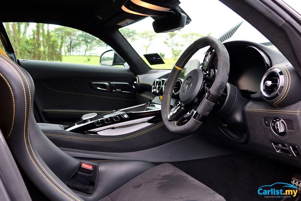 (C190) Mercedes-AMG GTR Interior