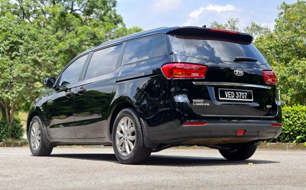 2020 MPV VS SUV - Kia Grand Carnival