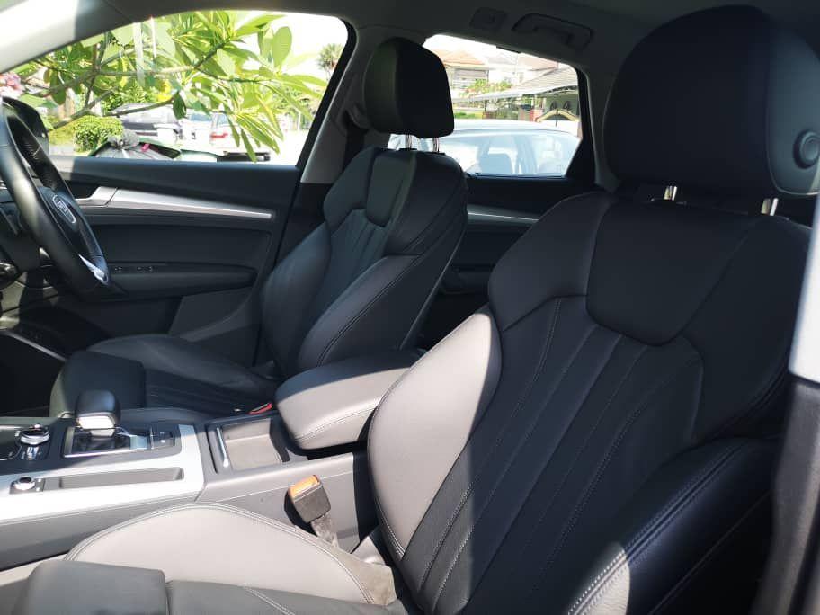 Audi A5 2.0 Front Seats