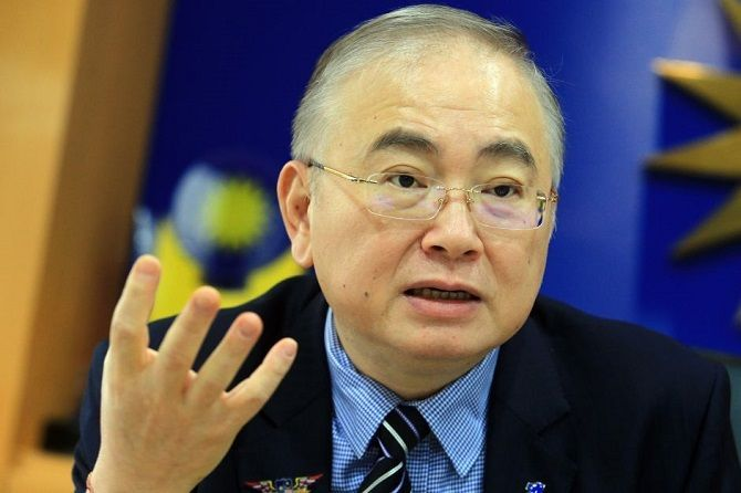 You Can Now Wait Three Years To Renew Road Tax Before PUSPAKOM Inspection Dato Seri Dr Wee