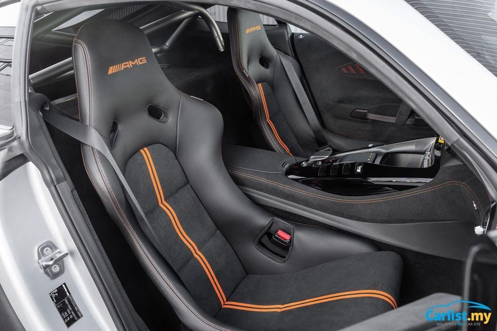 C190 Mercedes-AMG GT Black Series Interior