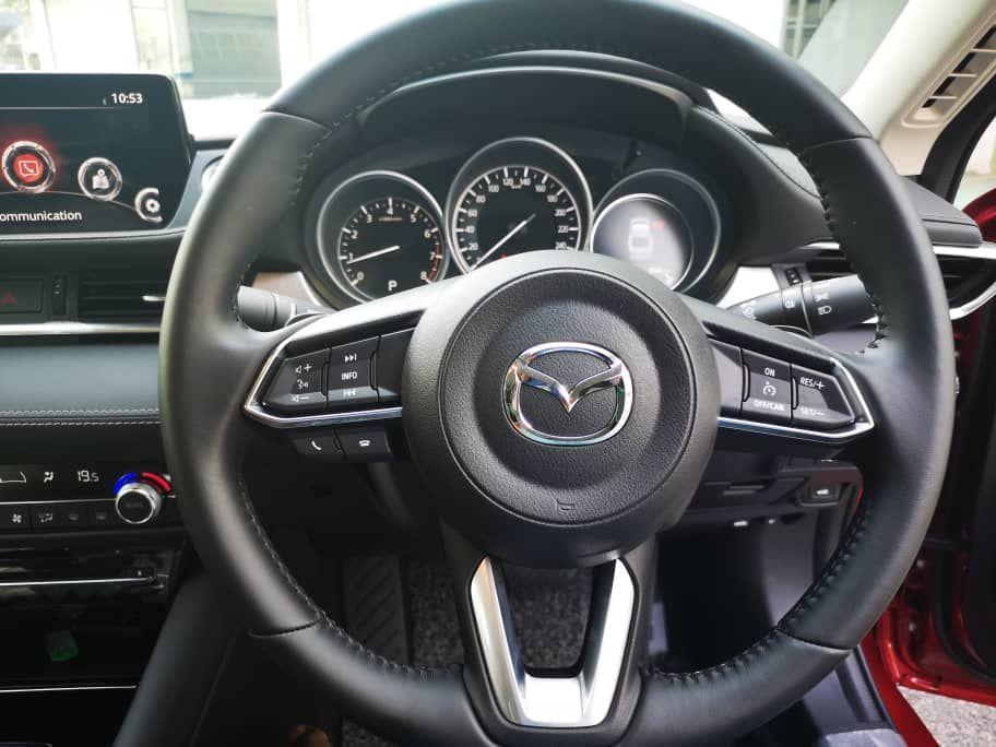 2020 Mazda 6 2.5L steering wheel