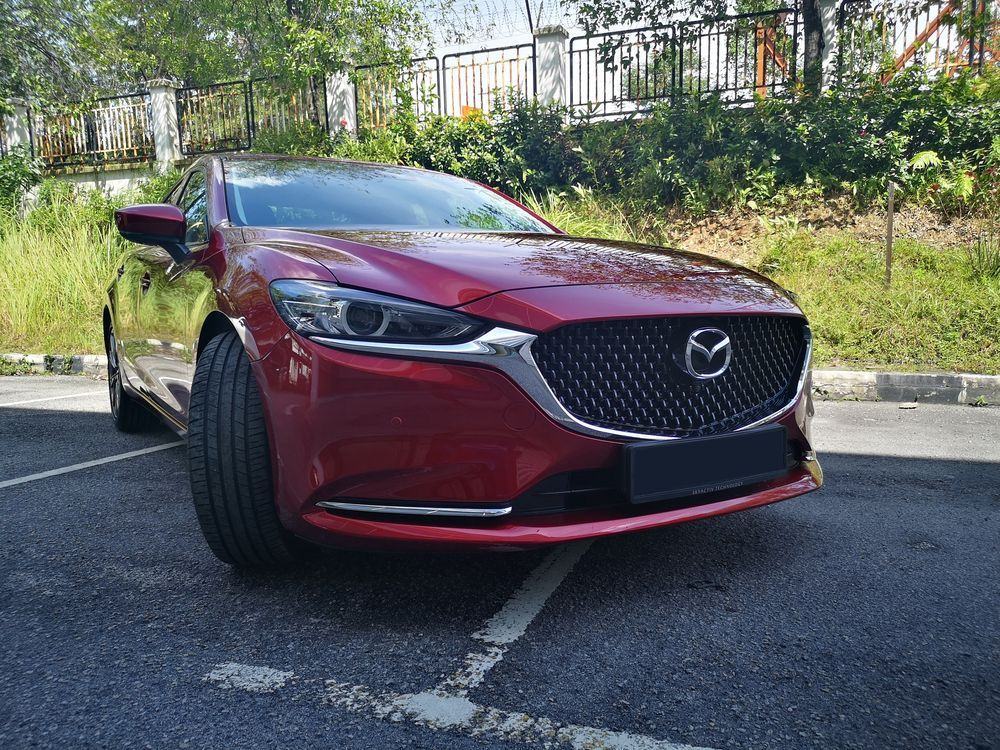 2020 Mazda 6 2.5L front view