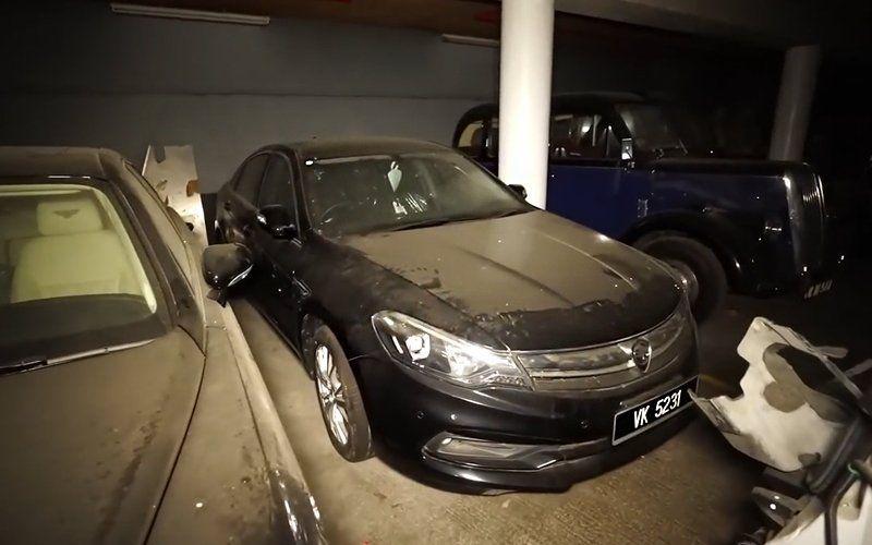 Mahathir Proton Perdana