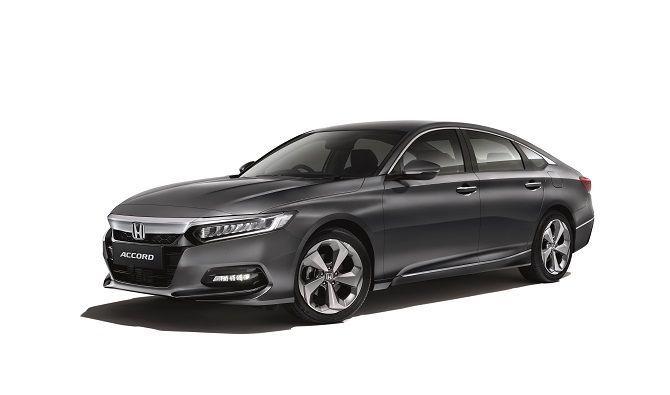 Honda Accord Tops D-Segment Sales Charts Front Three Quarter