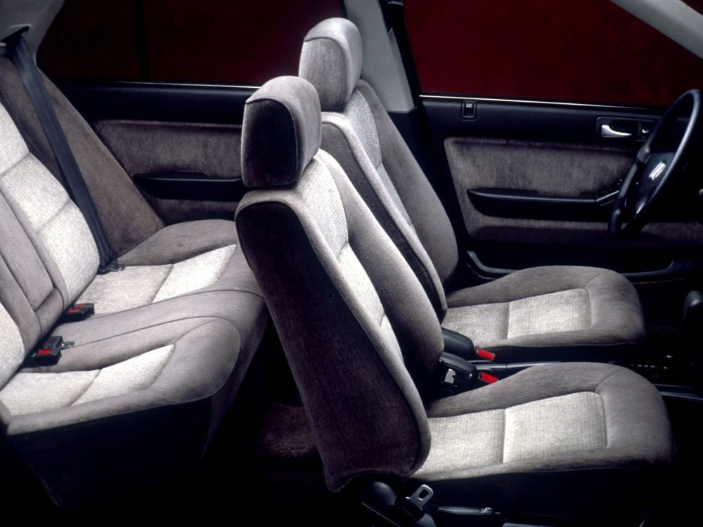 Honda Accord SM4 – One of the Best Buys for Under RM10,000 Accord SM4 interior seats