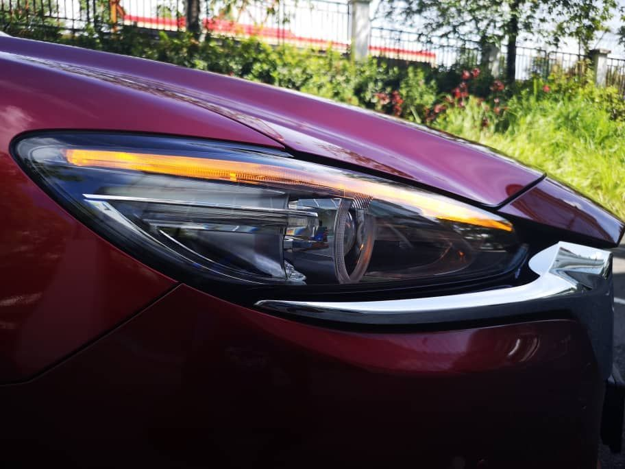2020 Mazda 6 2.5L headlight