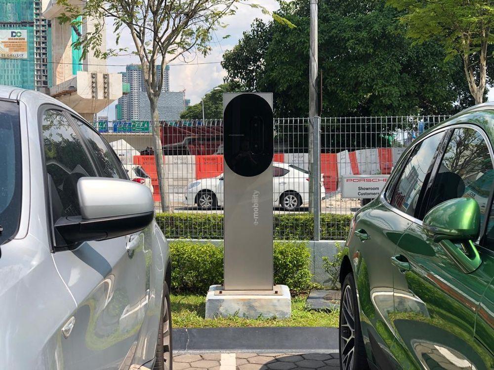 Porsche EV Charging Station Sg. Besi
