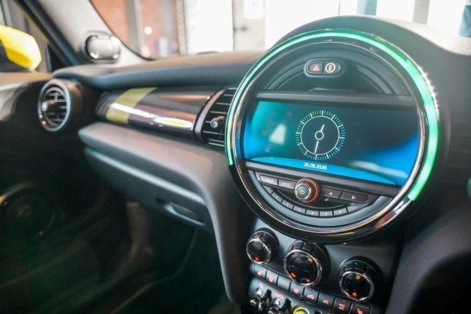 MINI Cooper SE Launched in Malaysia RM 218381 Interior