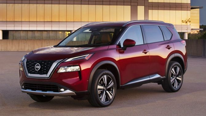 The All New Nissan X Trail Is Stunning Inside And Outside Front Three Quarter