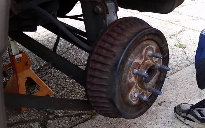 Drum Brakes Vs Disc Brakes Not What You Think Finned Rear Drum