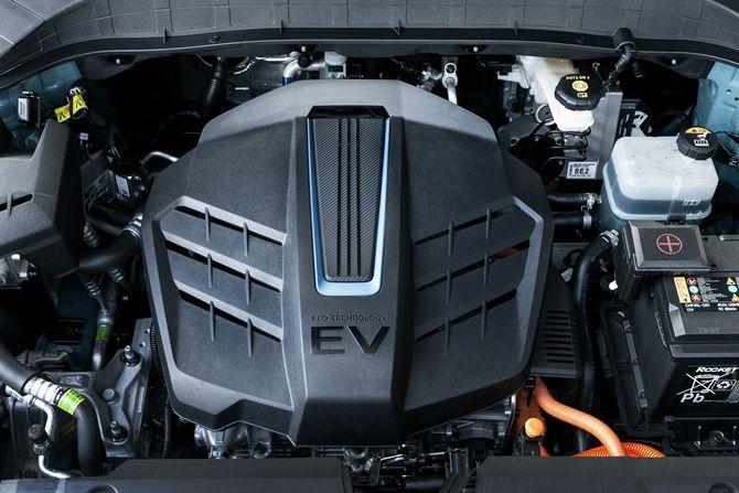 Hyundai Kona Meets COMOS The EV Solution We Need Powertrain