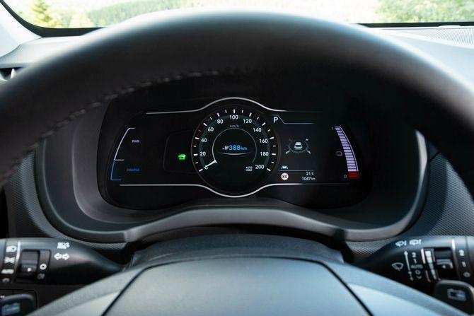 Hyundai Kona Meets COMOS The EV Solution We Need Instrument Cluster