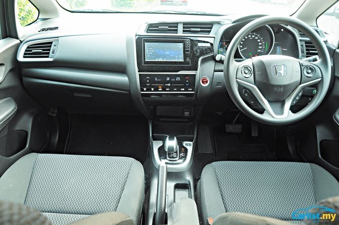 Review Honda Jazz Sport Hybrid There's No Boot Space Interior Front