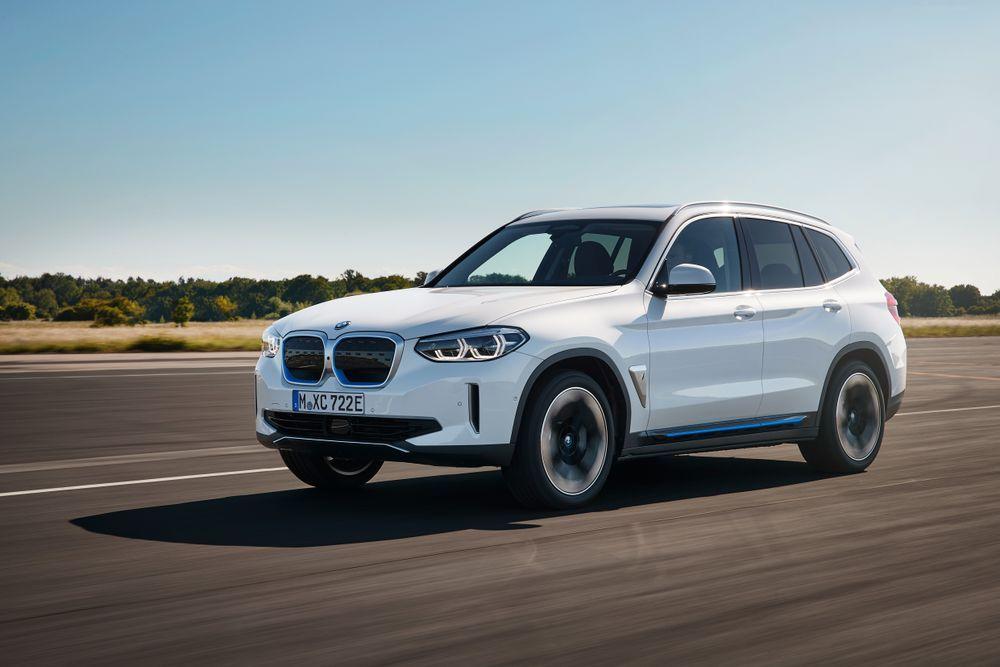 electric SUV BMW iX3