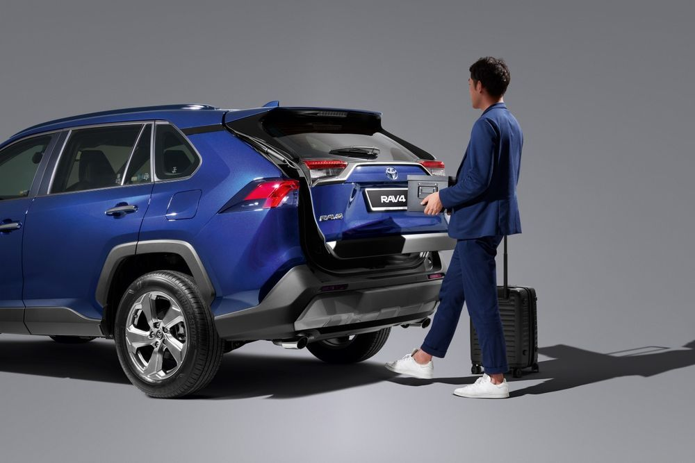 Review: Can These 5 Things Justify the Toyota RAV4's Price Tag? RAV4 boot