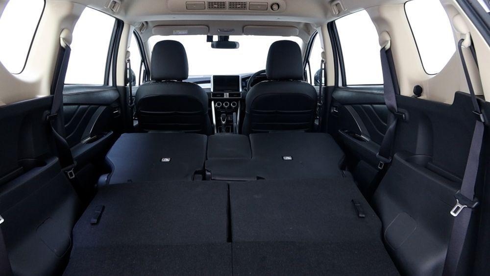 2020 Mitsubishi XPANDER folded seats