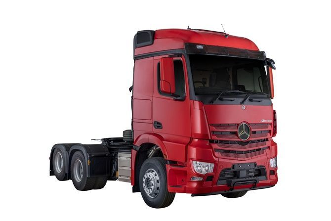 The Award-Winning Actros Is Finally Here Front Three Quarter