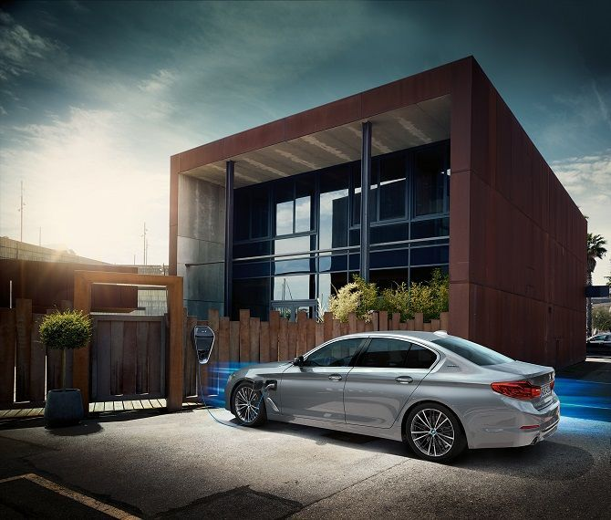 Real Joy Is Just Around The Corner With BMW 530e