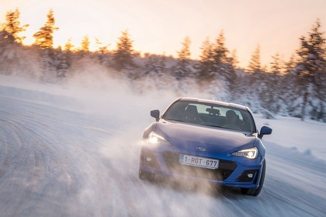 Why We Still Love The Toyota 86 And Subaru BRZ Snow Drift
