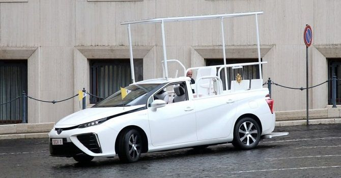 The Pope Now Drives A Toyota Mirai Driving