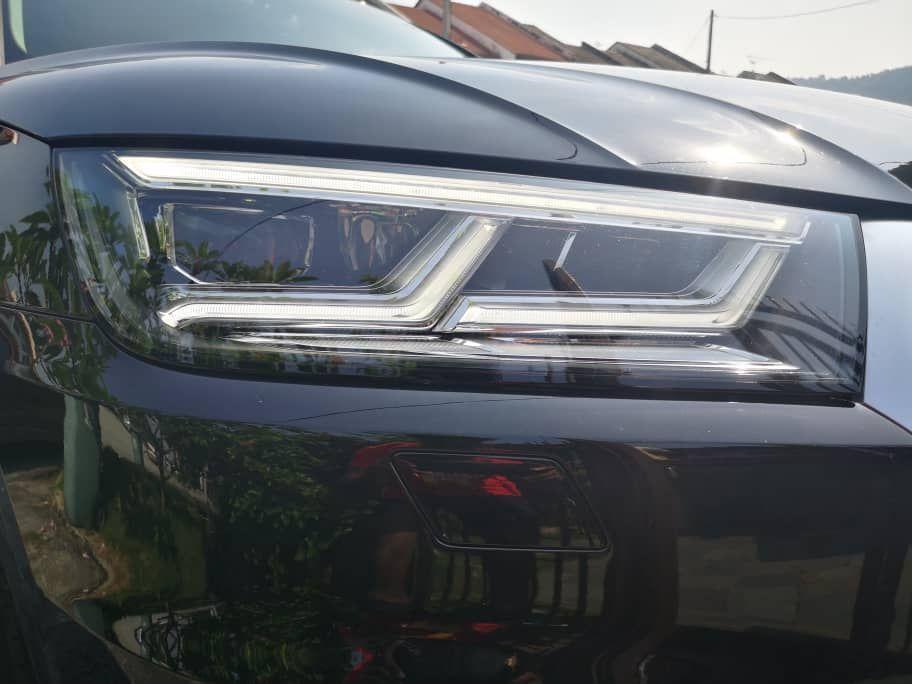 Audi A5 2.0 Headlight
